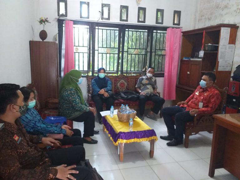 Pengawasan Kearsipan di Kantor Kecamatan Parindu