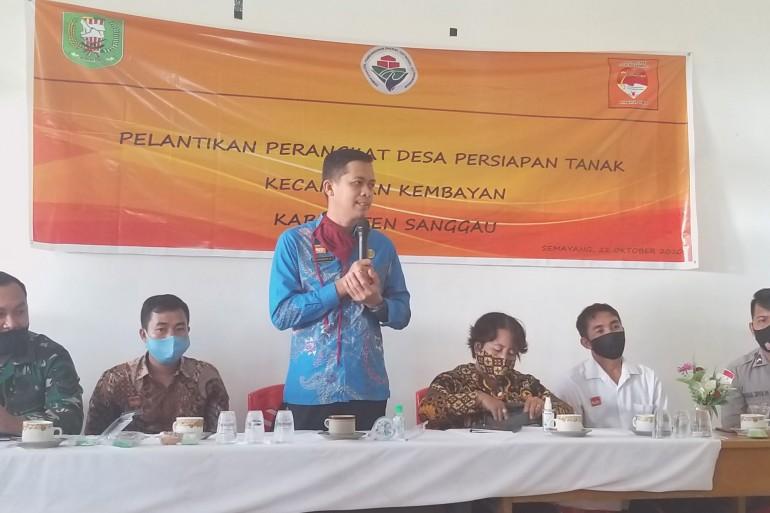 Perangkat Desa Persiapan Tanak Kecamatan Kembayan Resmi dilantik