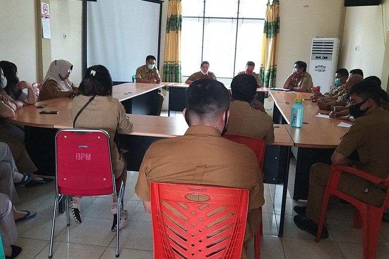 Rapat Rutin Dinas Pemberdayaan Masyarakat dan Pemerintahan Desa Kabupaten Sanggau