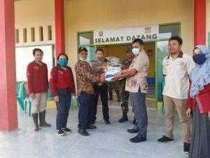 Sanggau Distribusikan Beras Bantuan Pemprov Kalbar Kepada 1.289 KPM