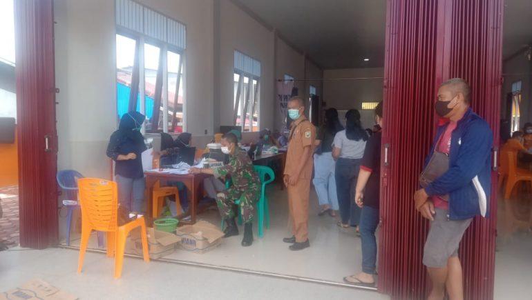 Ratusan Warga Tayan Ikuti Serbuan Vaksinasi Covid-19 Digelar Kodim 1204 Sanggau