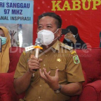 Bupati Sanggau Membuka Webinar Peningkatan Teknik Public Speaking Kepada Tenaga Pendidik