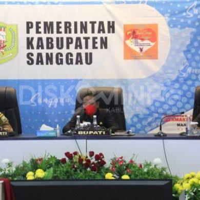 Bupati Sanggau Pimpin Rapat Evaluasi Penanganan Covid-19 Di Wilayah Kabupaten Sanggau