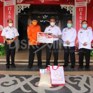 Bupati Sanggau Terima Bantuan Beras Dari Presiden RI Dan Gubernur Kalbar