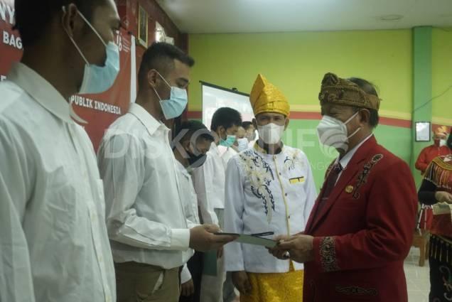 154 Orang Narapidana Menerima Remisi Umum Diserahkan Langsung Oleh Wabup Sanggau