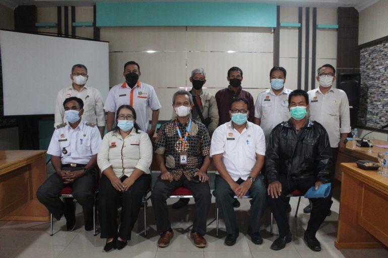 Dinas BMSDA Kabupaten Sanggau melaksanakan rapat dengan Ombudsman – DISBIMASDA