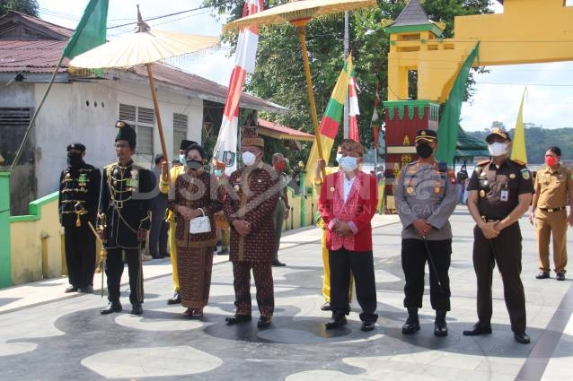 Hadiri Acara Ritual Paradje' Pasaka Negeri XIII, Ini Pesan Bupati Sanggau