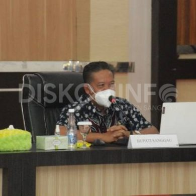 Bupati Sanggau Pimpin Rapat Evaluasi Pengelola Pajak Daerah dan Retribusi Daerah Tahun 2021